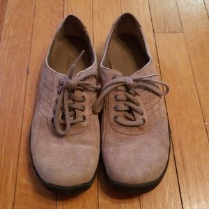 Clark's suede shoes sneakers 6.5 or 7